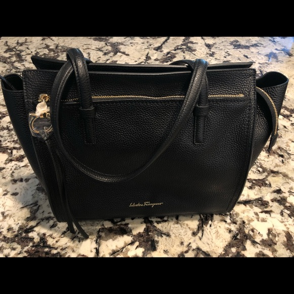 "b9e1ad0be34e Salvatore Ferragamo ""Amy"" Tote Bag (Medium)"